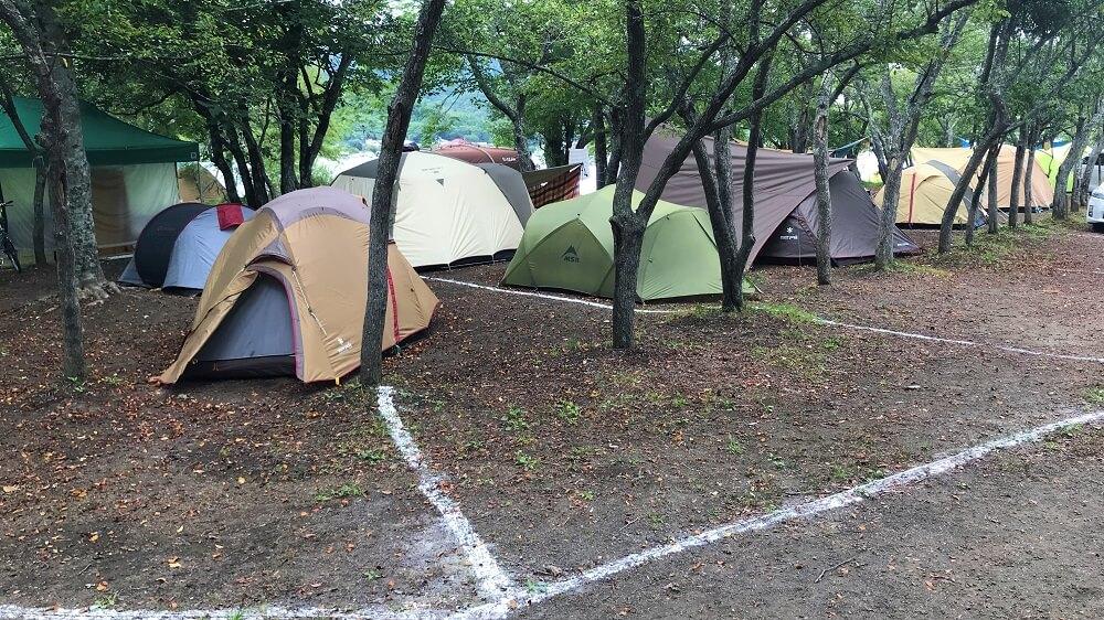 テントはたくさんあるが人がいない