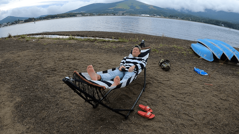 山中湖とハンモック