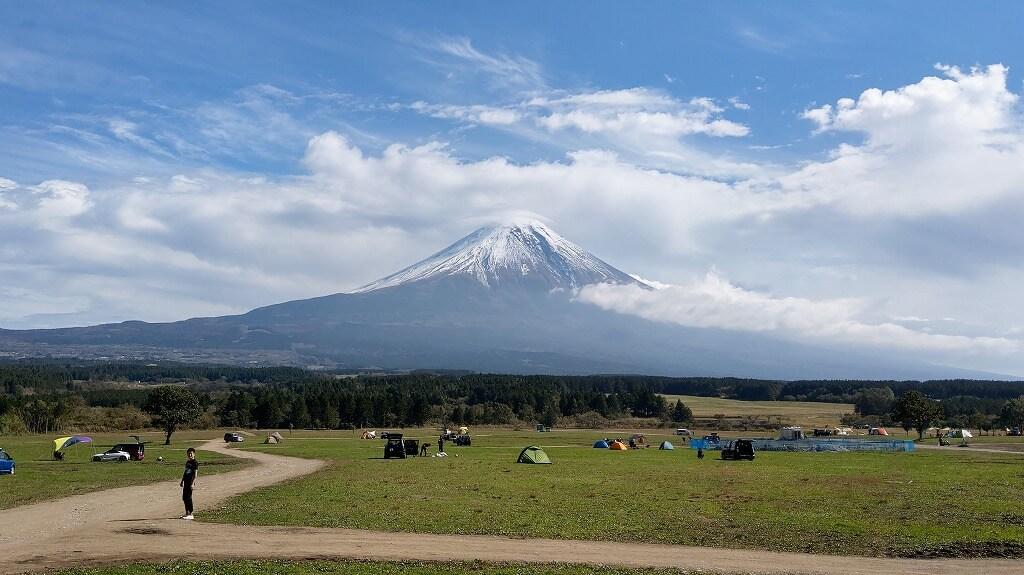 ふもとっぱらキャンプ場 目の前に広がる大きな富士山