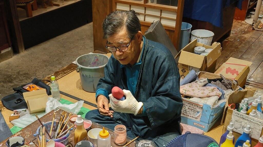 博多人形工芸士の先生