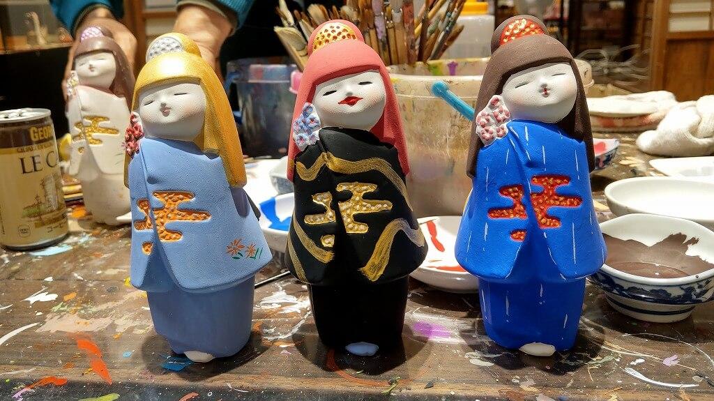 完成した3体の博多人形