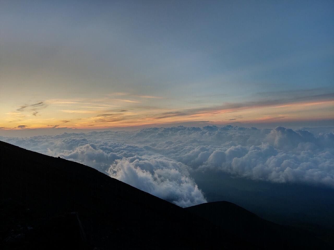 富士登山道富士宮ルート八合目 雲海