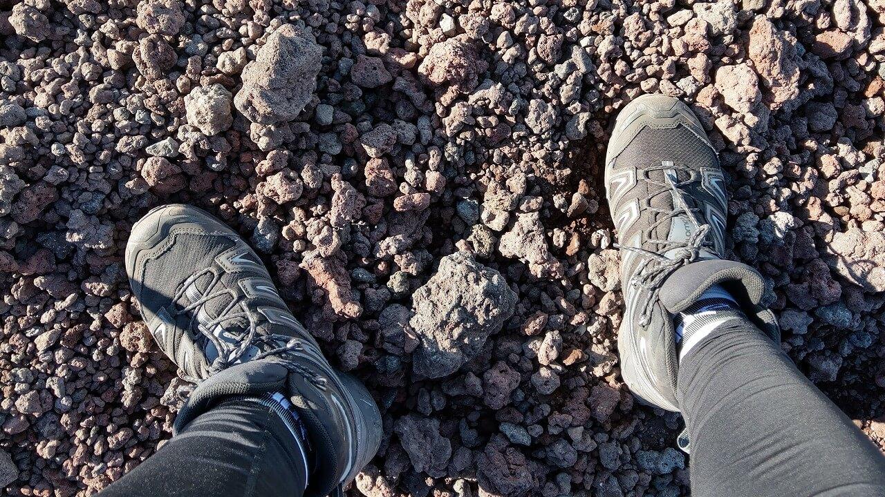 富士登山道の砂利