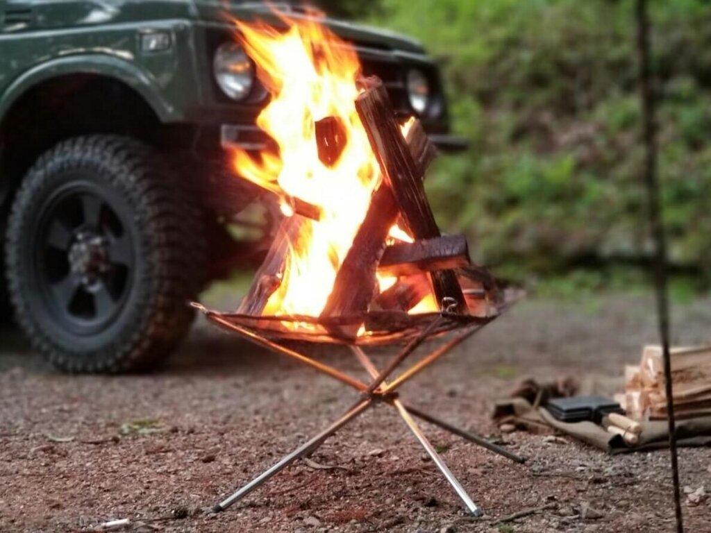 メッシュファイアスタンドで焚き火
