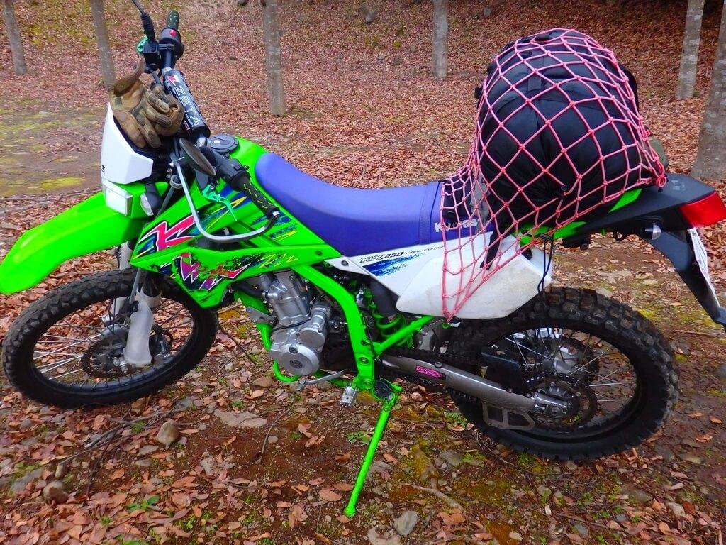 バイクキャンプ 寝袋