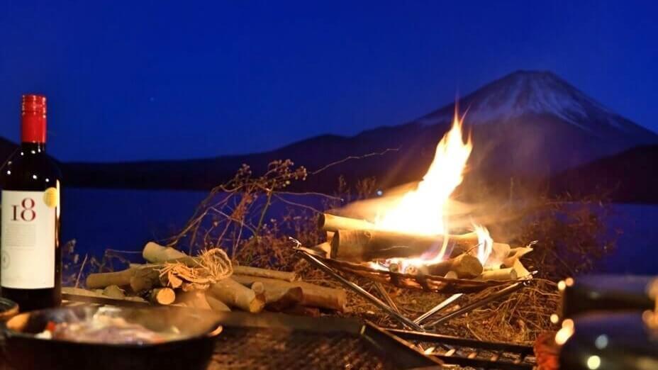 冬キャンプ 焚き火