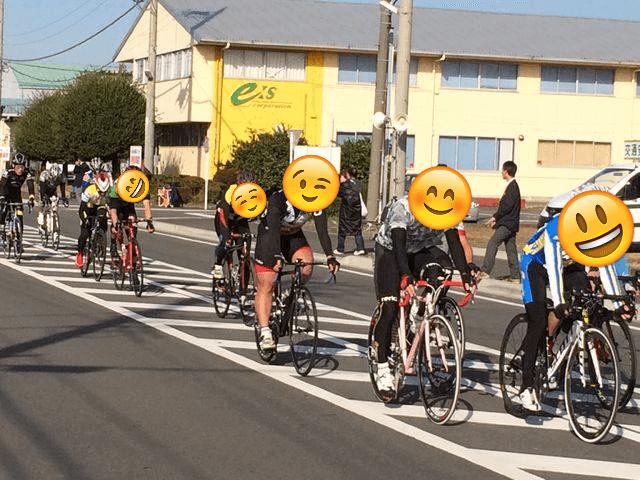 自転車ロードレースクリテリウム写真
