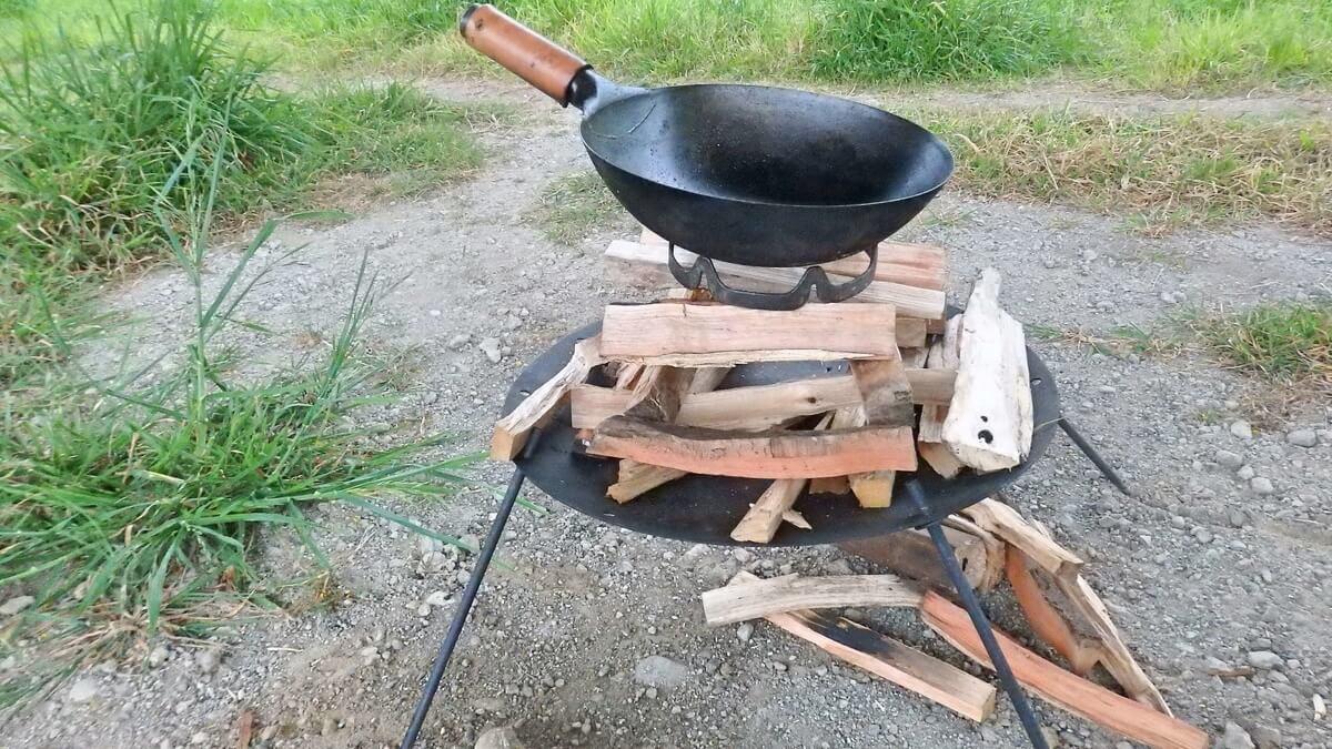 DODビートルくんに中華鍋を乗せる