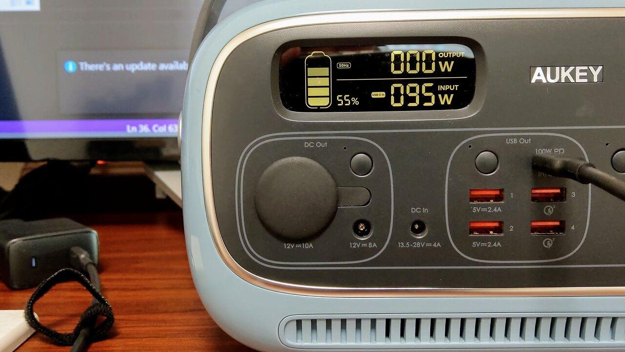 AUKEY PowerStudioをUSB-Cで充電