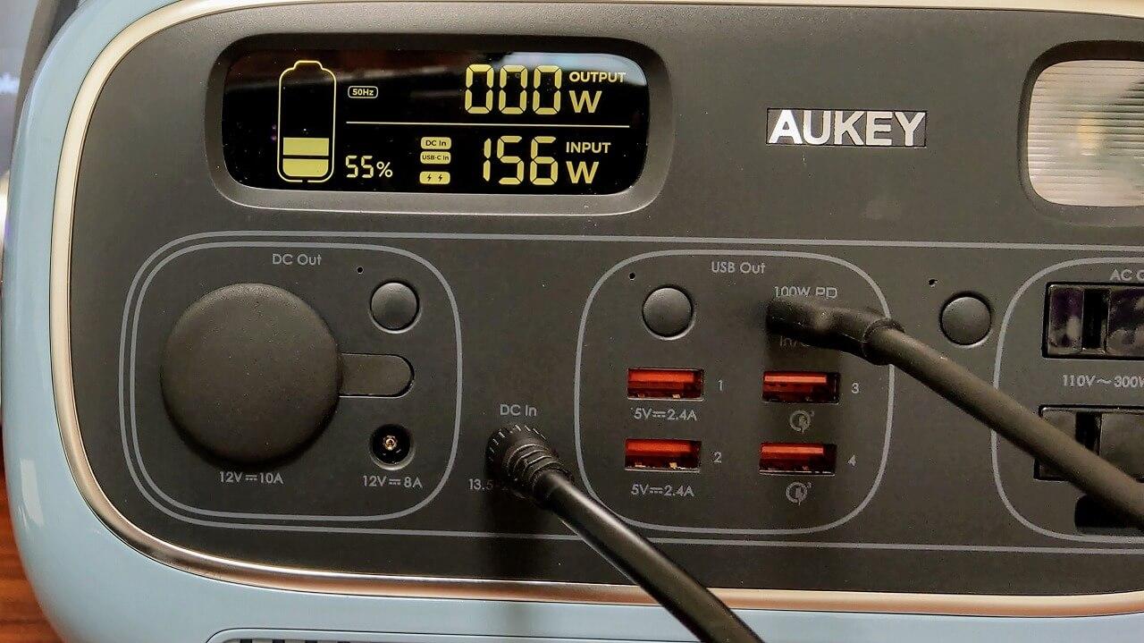 AUKEY PowerStudioをDCとUSB-Cの2系統電源で高速充電