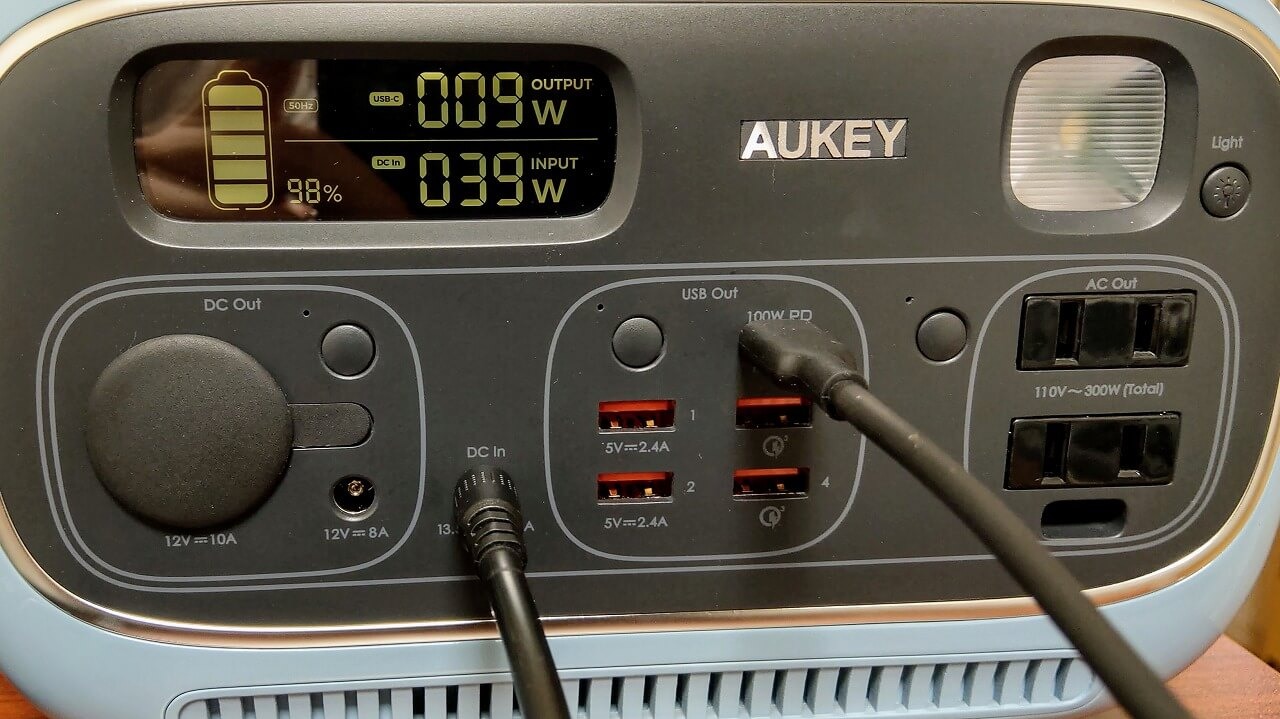 AUKEY PowerStudioのパススルー機能