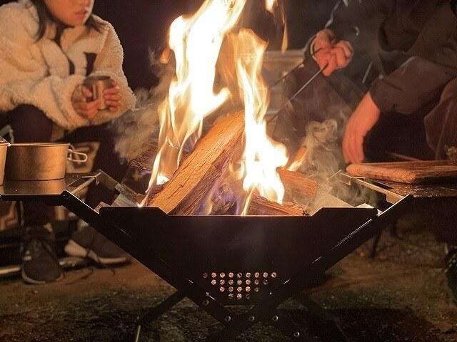 焚き火台 ZG-1で焚き火