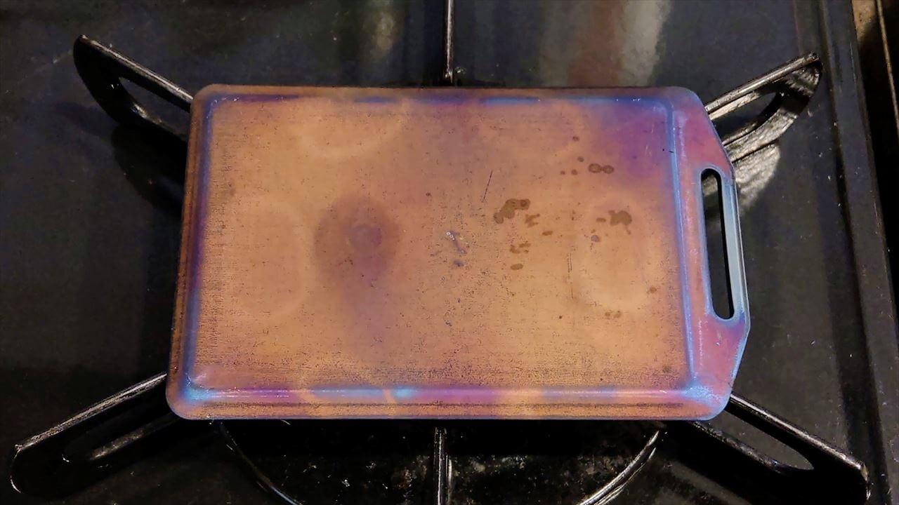 セリア ミニ鉄板 シーズニング・空焼き 裏面もまんべんなく加熱